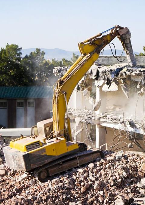 демонтаж старых строение гидромолотом